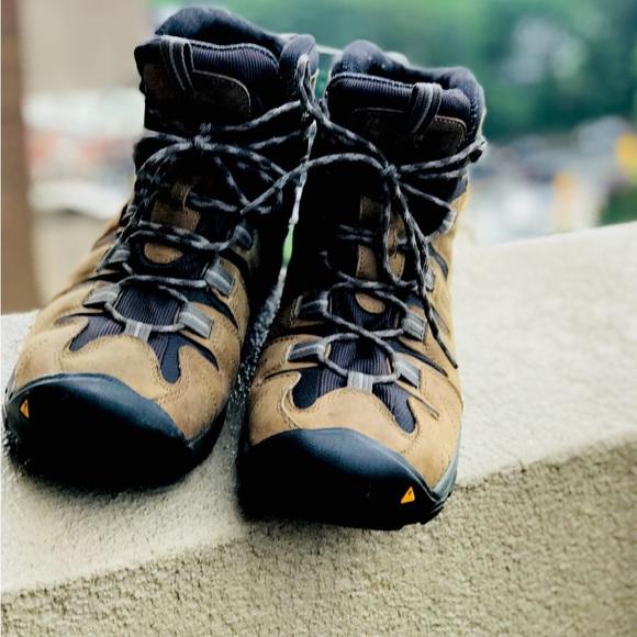 384b424791d EUC💫Keen Gypsum waterproof hiking boot